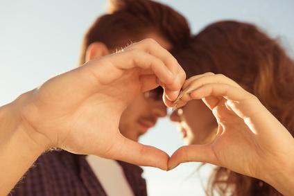 恋愛がもっと楽しくなる!恋愛上手なパリジェンヌたちに学ぶ恋のルールとは?