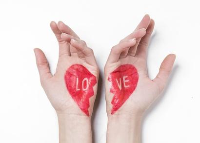 【恋愛深層心理テスト】あなたが恋愛に求める深層心理がわかる!?